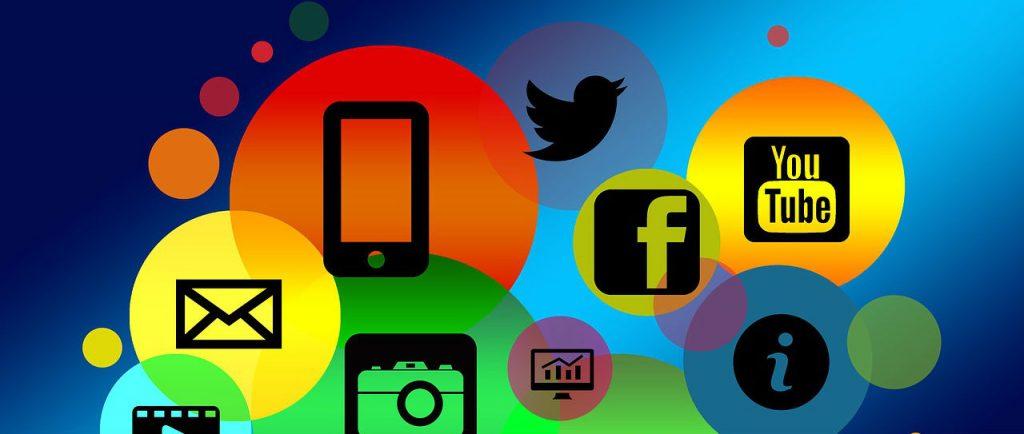 Chatbots-social-media